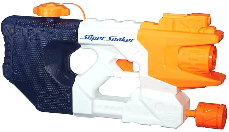 1. Hasbro Super Soaker Wasserpistole Tornado Scream